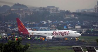 Canada's De Havilland wins claim against SpiceJet