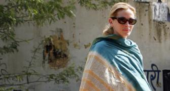 Julia Roberts goes desi in Eat, Pray, Love