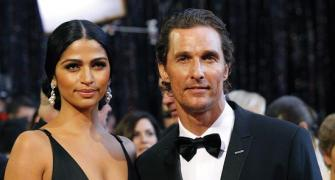 Matthew McConaughey weds longtime girlfriend
