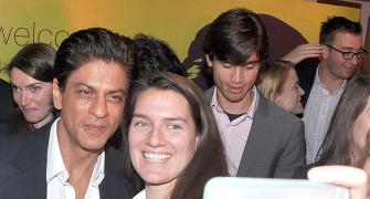 IMAGE: Shah Rukh's day out with Stanford students