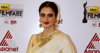 PIX: Is this Rekha's Favourite Jewellery?