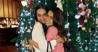 PIX: Shraddha, Jacqueline get ready for Christmas