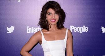 Priyanka's HOTTEST Hollywood appearances? VOTE!
