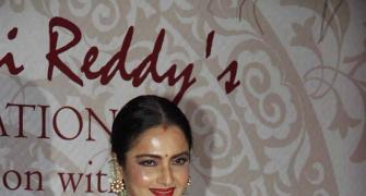 PIX: Rekha, Sridevi mingle at award function