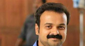 Kunchacko Boban replaces Prithviraj in Naale Raavile