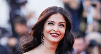 Aishwarya paints Cannes red!