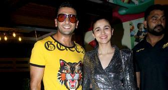 Gully Boy wraps up: Ranveer, Alia party
