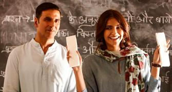 Why Akshay wore pink panties with sanitary pads