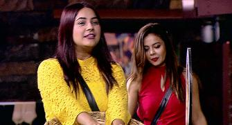 Bigg Boss 13: Koena takes to the dance floor