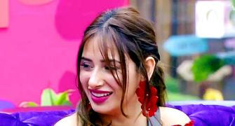 Bigg Boss 13: Don't KISS Mahira!