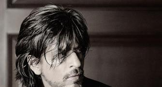 Shah Rukh Khan turns 28 again!
