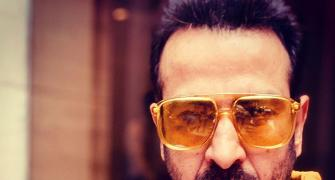 WATCH Ronit Roy make fine music