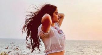 Why is Janhvi Kapoor sorry?