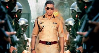 How often has Akshay played a cop?