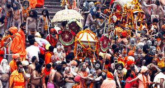 Shivratri draws thousands to Kumbh Mela