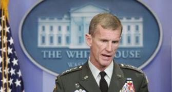 Obama to give McChrystal a final hearing
