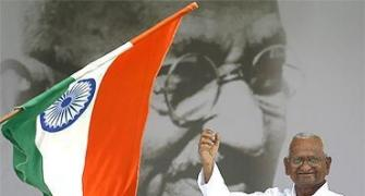 Hazare threatens another fast; alters campaign strategy