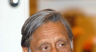 Modi can only sell tea, says Mani Shankar Aiyar; then retracts