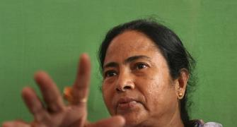 Mamata's dig at Modi: We don't believe in sitting in tea shops before elections