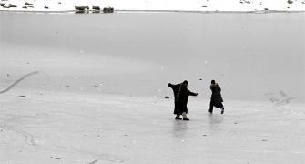 IMAGES: Srinagar freezes at -7.8 deg C on its coldest day