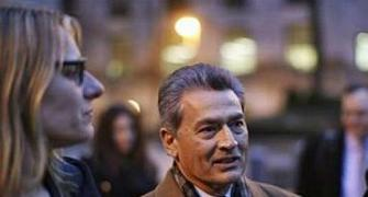 Rajat Gupta's trial begins in NYC; wiretaps to be key