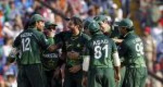 Tour by Pak cricket team a national shame: Thackeray