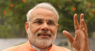 Narendra Modi caught in RTI web on travel expenses