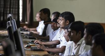 'India needs more than 4 lakh hackers'