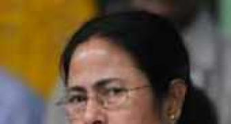 Upset Mamata cancels meet with FM, to fly back to Kolkata