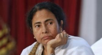 Mamata blames Left, SEBI and RBI for chit fund scam