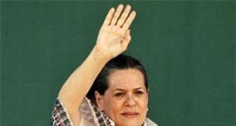 Sonia Gandhi admitted to AIIMS