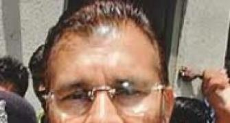 Suspended Gujarat IPS officer Vanzara admitted to hospital