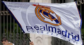 Real Madrid income climbs to 520 million euros in 2012-13