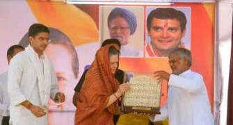 Modi has no magic wand to change the country: Sonia