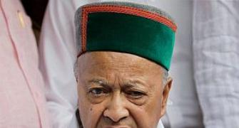 Virbhadra chargesheeted in DA case, HC removes stay on arrest