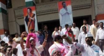 Desperate Congress hunts in TN, plays waiting game in Andhra