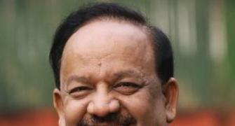 Kejriwal should quit if he can't keep promises: Vardhan