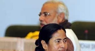 'The two Ms (Modi, Mamata) will waste no time to shake hands'