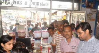 After Hudhud, Vizag hit by shortage of essential commodities