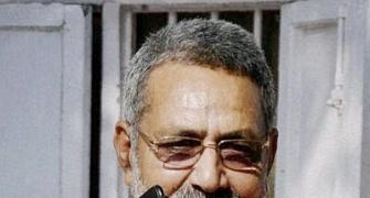 5 reasons why Giriraj Singh should SHUT UP