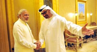 PM holds talks with UAE crown prince, discusses security and trade
