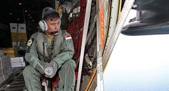 AirAsia crash: Search teams find four large objects