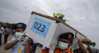 Another body, 5th large object found from AirAsia wreckage site