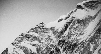 Mount Everest moved 3 cm due to shock of Nepal quake