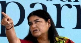 How to curb corruption? Maneka Gandhi uses Sonia as example