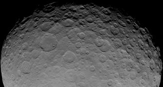 Ice or alien life? 2 bright spots on Ceres baffle scientists