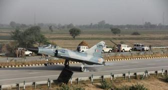 When a fighter jet landed on the Yamuna Expressway
