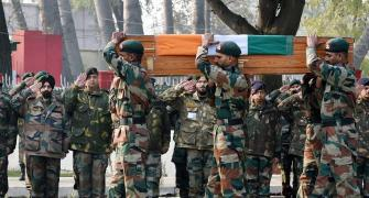 Nation pays homage to Col Mahadik who died fighting terrorists in Kashmir