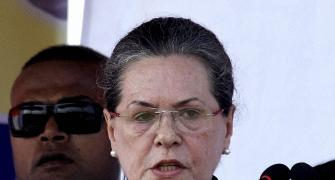 At CWC meet, Sonia slams Centre over Covid