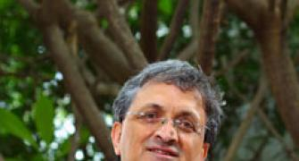 Historian Ramachandra Guha resigns from BCCI post